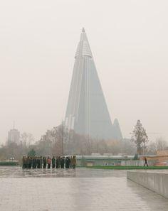 Editorial - Tripping - North Korea - Støy Magazine 3.0