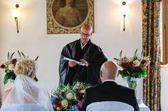 Schloss   #zen #temple #meditation #switzerland #zeremonie #hochzeit #beerdigung #digitalernomade #wandern #freietrauung #retreat #wedding #funeral #hiking #schweiz #gaywedding #ceremony #celebrant #digitalnomad #禅 #선 #스위스 #スイス #禅寺 #tempel