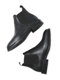 sustainable/fair/organic fashion Women's Vegan Waterproof Chelsea Boots In Vegan Suede Make a positi Vegan Store, Black Chelsea Boots, Black Boots, Vegan Shopping, Vegan Fashion, High Boots, Vegan Leather, Leather Shoes, Leather Bag