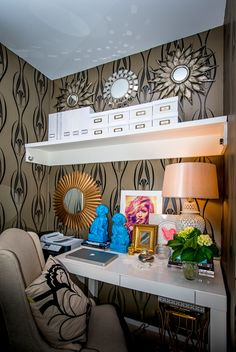 Having some SERIOUS office envy omg glam office nook!