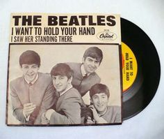 Beatles 45 Single I Want to Hold Your Hand Vintage Vinyl Record AND Sleeve Capital