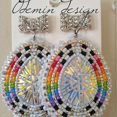 Powwow Beadwork, Native Beadwork, Native American Beadwork, Native Beading Patterns, Beadwork Designs, Seed Bead Patterns, Beaded Earrings Native, Beaded Earrings Patterns, Seed Bead Earrings