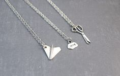 Cute jewelry For Friends - Rock Paper Scissors Necklace Friendship Pendant Best Friend Jewelry 3 Way Friendship Best Friend Gift Bff Necklaces, Best Friend Necklaces, Best Friend Jewelry, Best Friend Gifts, Gifts For Friends, Best Friend Clothes, Three Best Friends, Silver Necklaces, Scissor Necklace