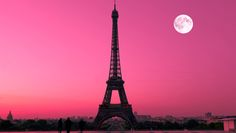 Pink sky in Paris