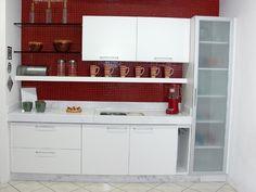 Cozinha com pastilhas vermelha