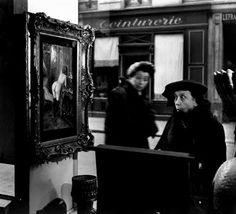 Robert Doisneau-- he photographed multiple people's reactions