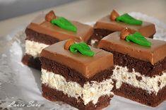 Prajitura cu alune si ciocolata   Retete culinare cu Laura Sava - Cele mai bune retete pentru intreaga familie