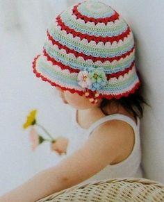 Bonnets et chapeaux enfants avec leur grilles gratuites ! Croche Graficos b17a6d385f6