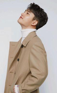 Do KyungSoo photoshoot Kaisoo, Exo Ot12, Do Kyung Soo, Baekhyun Chanyeol, Kim Jong Dae, Exo Lockscreen, Kim Minseok, Exo Korean, Kpop Exo