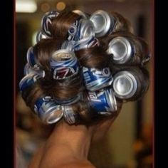 Beer Can Hot Rollers | 31 Redneck DIYs That Are Borderline Genius
