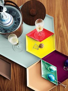 We Are OBSESSED With These Kaleido Trays...#HolidayGiftGuide @DWR_Tweets