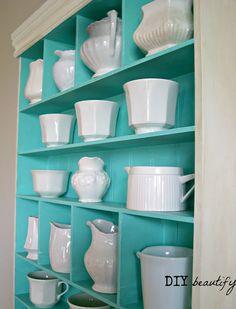 Absolutely gorgeous idea for a TIffany Blue kitchen!  see #moretiffanyblue : https://flipboard.com/section/tiffany-blue-kitchen-decor-bAGaeM
