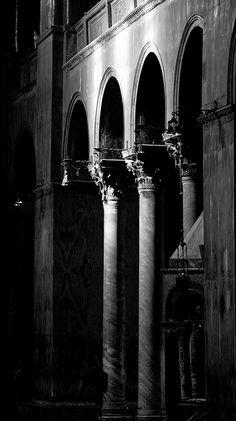San Marcos' Basilica in shadows