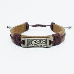 Pulseira de Couro Marron Jesus Vive e Reina