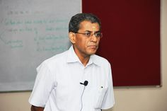 Dr. Sabarinathan, Chair, Centre for Entrepreneurial Learning, IIM B conducts a seminar on Venture Capital industry in India at ASB Coimbatore.
