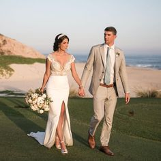 Michael Phelps and Nicole Johnson were married in Cabo San Lucas. The couple shared wedding photos of their beach front ceremony overlooking the ocean. Michael Phelps, Celebrity Wedding Dresses, Designer Wedding Dresses, Celebrity Weddings, Barbara Mori, Wedding Decor, Wedding Ceremony, Wedding Ideas, Wedding Stuff