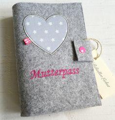 Mutterpasshüllen - Mutterpasshülle - ein Designerstück von gerdiallerliebst bei DaWanda