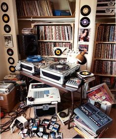 Records and DJ set-up. #records #dj #djculture http://www.pinterest.com/TheHitman14/dj-culture-vinyl-fantasy/