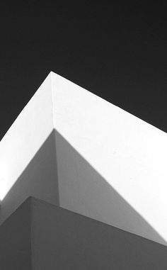 Fabulous play of light Minimal Photography, Abstract Photography, Black And White Photography, Minimalist Architecture, Architecture Details, Interior Architecture, Crea Design, Design Art, Architectural Elements