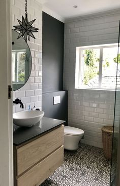 Bodenfliese als Akzent? Bodenfliese als Akzent? The post Bodenfliese als Akzent? appeared first on Badezimmer ideen. Diy Bathroom, House Bathroom, Bathroom Renos, All White Bathroom, Bathroom Interior, Amazing Bathrooms, Bathroom Flooring, Bathroom Decor, Small Bathroom Remodel