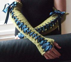 Lace Up Opera Gloves - free knit pattern