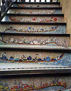 mosaic steps-mosaic gardens of Happonvilliers. Pink garden