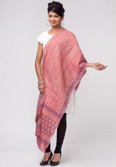 Printed dupatta for women from Alma. The dupatta is made of cotton. Raise the bar of your fashion statement by flaunting this pink coloured dupatta from Alma. While the colour combination of the dupatta contributes to an elegant look, the cotton fabric makes it a comfortable wear. Club it with a black kurta and leggings and look absolutely stunning.