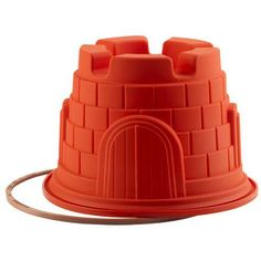 Make a delicious cake with this Let's Celebrate cake pan from Silikomart. Constructed from red platinum-based silicone, the highest quality food grade commercial silicone, this mold makes a beautiful castle-shaped cake.