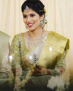 Bridal Sarees South Indian, South Indian Weddings, Indian Bridal Outfits, Indian Bridal Fashion, South Indian Bride, Wedding Outfits, Indian Sarees, Half Saree Designs, Bridal Blouse Designs
