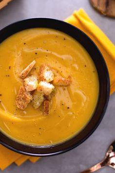 Crema di zucca: il comfort food autunnale per eccellenza!  [Pumpkin cream soup]