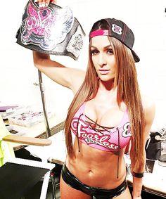 Honey Brown -- love Nikki Bella #DivasChampion #TotalDivas #WWE