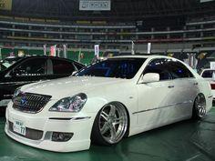 VIP CAR - Fukuoka Custom Motor Show Jdm Wallpaper, Toyota Crown, Lexus Gs300, Rims And Tires, Fukuoka, Jdm Cars, Slammed, Custom Cars, Cars And Motorcycles