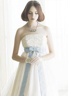 ウェディング/【SPECIAL】透...|ファッション・ブランド・モードの情報満載雑誌「SPUR」の公式サイト「SPUR.JP」(シュプールジェイピー)|HAPPY PLUS(ハピプラ)