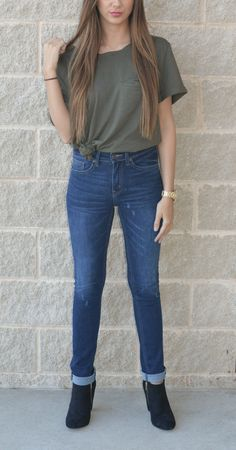 The 'Van Der Woodsen High Rise Skinny Jean' are a flattering fit for all body shapes and sizes!