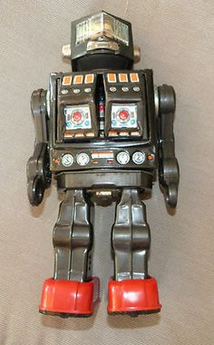 Vintage tin Space Robot Toy - Rotate O Matic SUPER ASTRONAUT