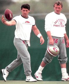 Steve Young and Joe Montana ~ San Francisco Nfl Football Players, Best Football Team, Football And Basketball, National Football League, 49ers Players, School Football, Forty Niners, Sf Niners, Nfl 49ers