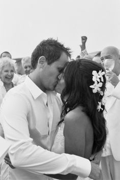 Google Image Result for http://bookmorebrides.com/wp-content/images/stories/beach-kiss.jpg