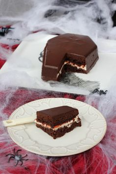 Tarta Bony                                                                                                                                                                                 Más Choco Chocolate, Crepe Cake, Specialty Cakes, Desert Recipes, Carrot Cake, Sweet Recipes, Delicious Desserts, Sweets, Cooking