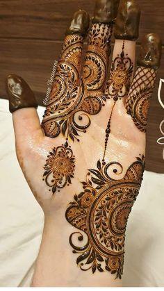Short Mehndi Design, Mehndi Designs Feet, Henna Art Designs, Mehndi Designs For Girls, Stylish Mehndi Designs, Dulhan Mehndi Designs, Mehndi Design Pictures, Wedding Mehndi Designs, Mehndi Designs For Fingers