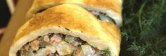 6 munaa 1 1/4 dl vehnäjauhoja 5 dl maitoa 1/2 tl suolaa Täyte: n. 4 dl perattua kypsää kalaa, esimerkiksi lämminsavulohta tai kalasäilykettä 2–3 sipulia 2–3 rkl öljyä 1 dl kermaa tai tuorejuustoa 1 dl… Spanakopita, Ethnic Recipes, Food, Essen, Meals, Yemek, Eten