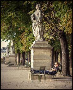 Un avant-goût de l'automne au jardin du Luxembourg * Paris