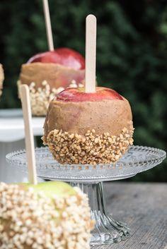 Raw Vegan Caramel Apples