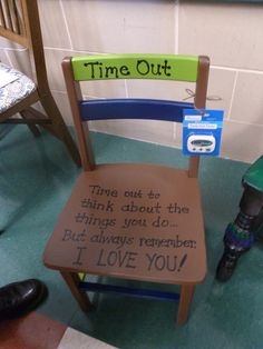 I think this is a great idea my kids hate time out lol poor bry jay and Dex Crafts To Make, Crafts For Kids, Diy Crafts, Time Out Chair, Painted Chairs, Home And Deco, Future Baby, Parenting Hacks, Baby Love
