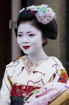 geisha-licious: maiko Ichiwaka