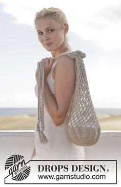 """Hæklet DROPS taske i """"Bomull-Lin"""" eller «Paris» med stangm og lm-buer. ~ DROPS Design"""