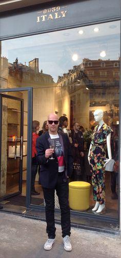 Ici à #Paris moi qui #porte les #sublimes #solaires #ANDERNE !   #Here in Paris #ANDERNE #sunglasses #range & I rock ! L.S. #Diesel #trousers #PaulSmith #jacket #Converse #AllStar #AllSaints #TeeShirt #Zodiac #Watch