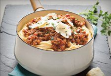 Gardein Easy Meatless Bolognese Sauce - healthy & quick without the need to pre-cook meat! Serve with raw zoodles for a quick & healthy meal