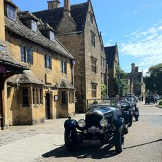 Bentleys on Tour outside The Lygon Arms, Broadway, the Cotswolds