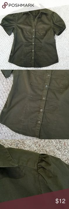 """Kachiaustine Army Green Short Sleeve Button Up Good used condition. No stains or tears.  Some fading. 95% Cotton 5% Elastic   Military detail on front (see pics)  Shouldee 16"""" Bust 40"""" Length 26"""" Kachiaustine Tops Button Down Shirts"""
