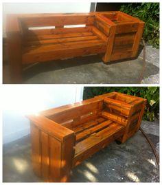 Pallet Combo: Garden Bench And Planter #Garden, #PalletBench, #PalletPlanter, #ReclaimedPallet